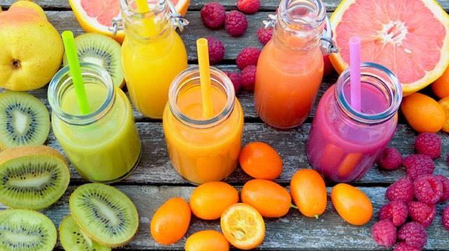 5 juice-opskrifter der hjælper dig til en sundere lever