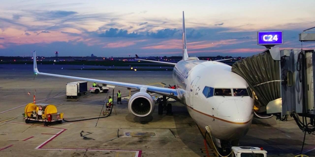 Hun betalte kun 375 kroner for flybillet til Kreta - Ombord forstod hun straks den lave pris