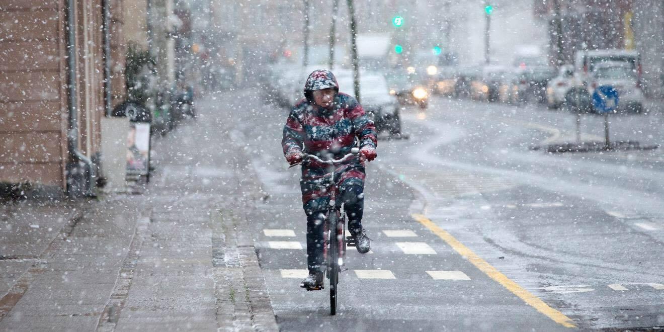 Den første sne har nu ramt Danmark - her er den faldet