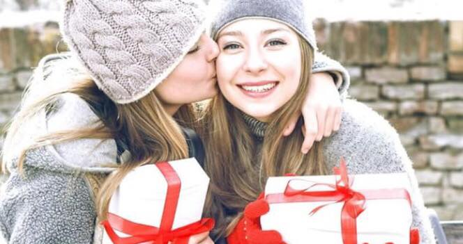 Ny forskning: Unge, der har en søster, er lykkeligere