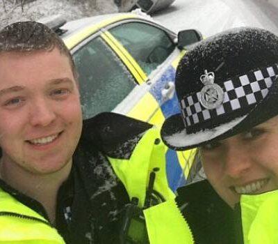 Politiet postede et foto på Facebook - Så opdagede moren en skrækkelig opdagelse på billedet