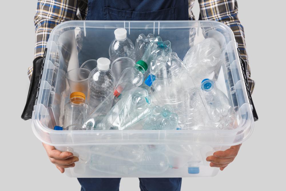 7 kreative ideer til hvordan du kan genanvende plastikflasker