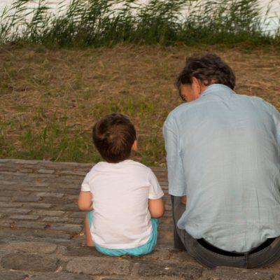 Vittighed: søn stiller sin far spørgsmål om kærlighed - svaret er helt genialt