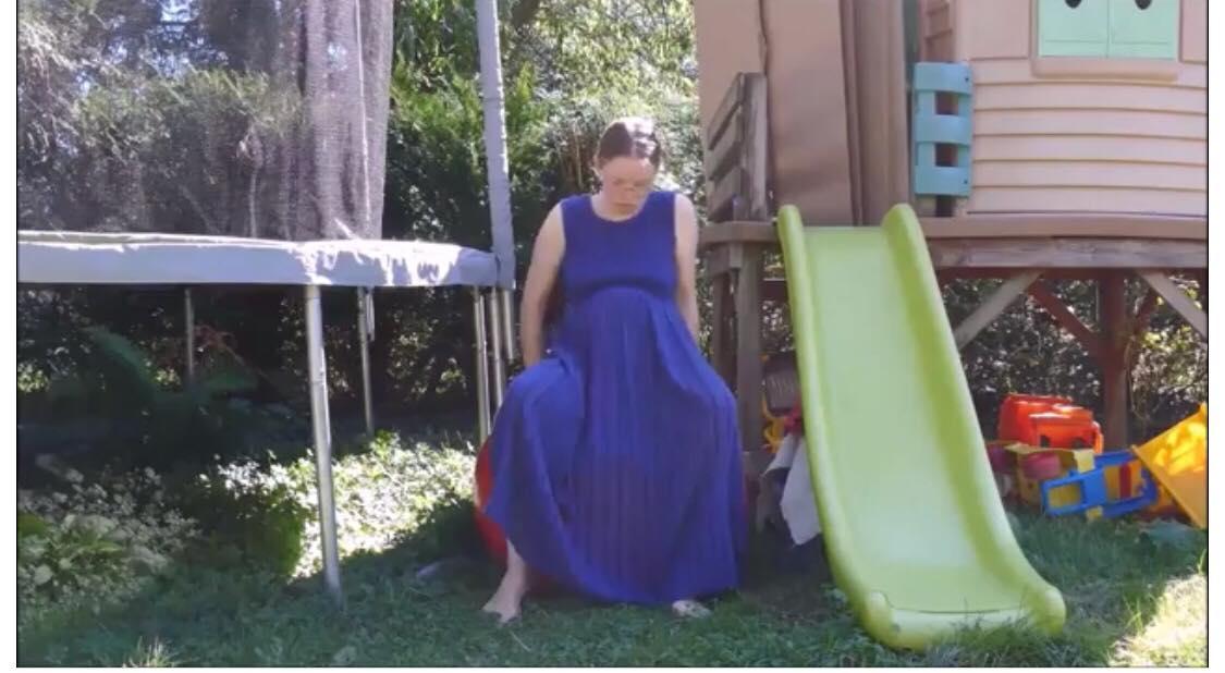 36-årig kvinde fødte barn foran 1,4 millioner seere på Youtube