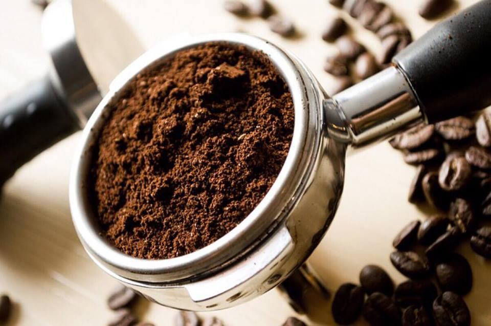Tips og tricks i hjemmet: Derfor må du ALDRIG smide kaffegrums ud