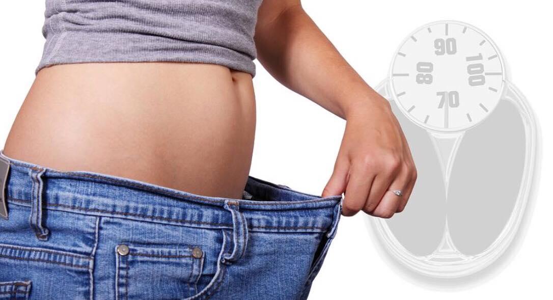 8 nemme og effektive tips til en flad mave