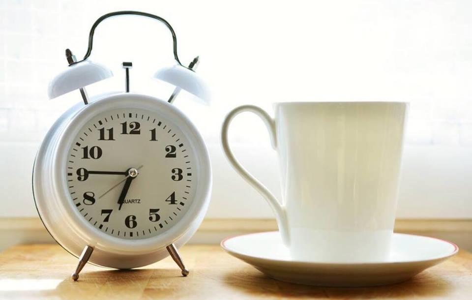 Genial opfindelse: Sådan kommer man effektivt op om morgenen!