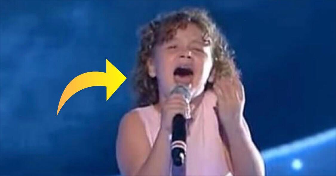 11-årig pige tager publikum med storm - Hendes bedstefar ville være så stolt!